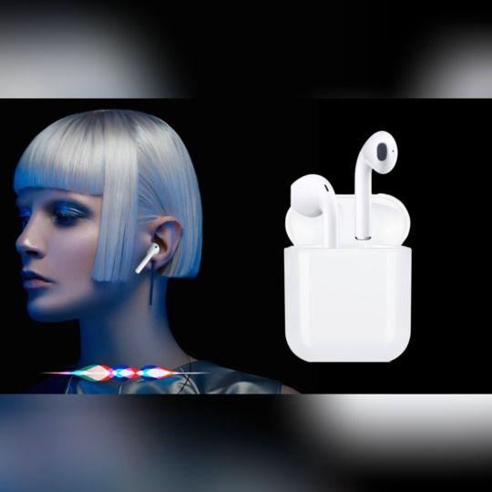 Siri対応✨Bluetooth5.0シリーズ最強ワイヤレスイヤホン🎧i12 シリコンケース付き<ホワイト>【全国配送無料】